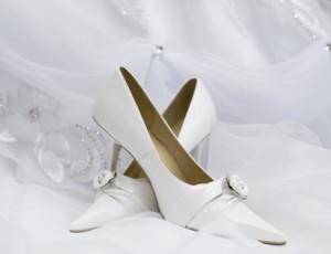 Brautschuhe in Weiß