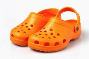 Schuhe mit Löchern - Crocs oder Clogs?